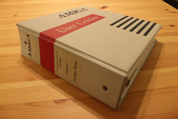 The original Amiga's 3-ring-binder user manual.