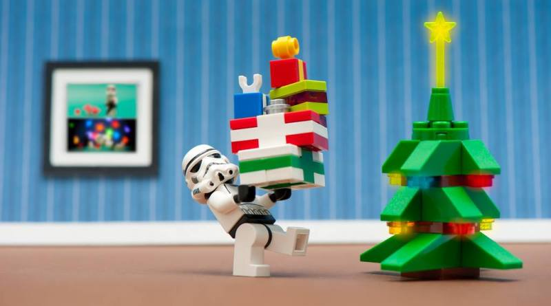 Lego Stormtrooper Bearing Gifts
