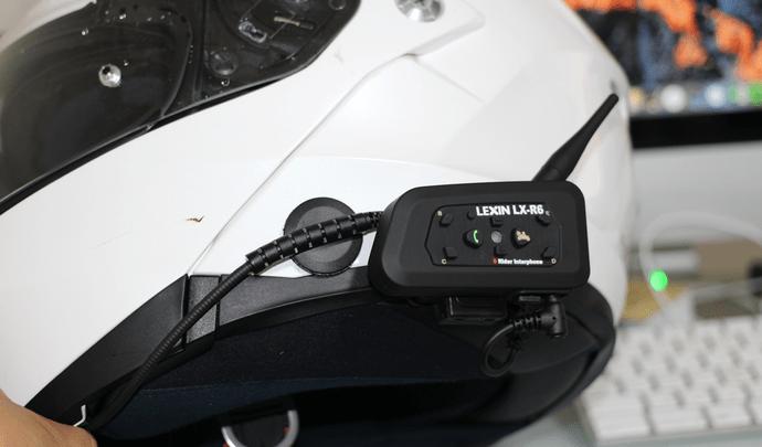 LEXIN-R6をヘルメットに装着