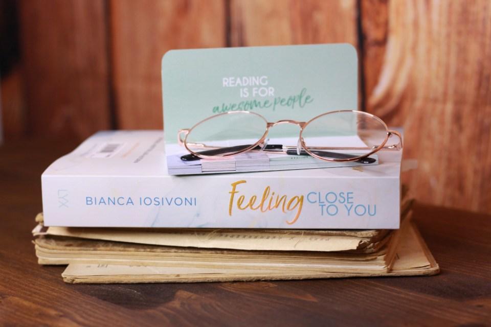 Das Buch Feeling Close to You von Bianca Iosivoni. Foto: Lilli/geek's Antiques