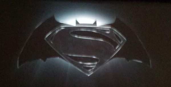 batman-and -superman-logo