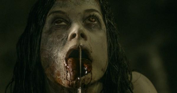 Evil-Dead-2013-07