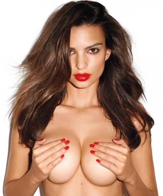 8 Super Sexy Emily Ratajkowski GIFs