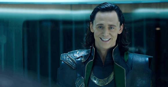 Enjoy Loki Wearing The Captain America Suit in Deleted Thor 2 Scene