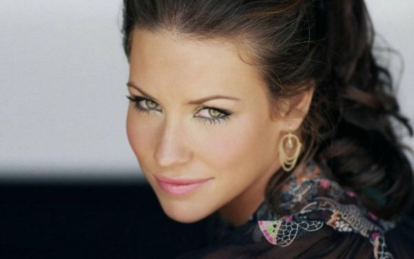 Evangeline Lilly in 'Early Talks' for Female Lead in 'Ant-Man'