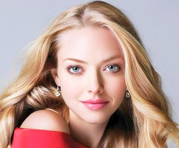 Amanda Seyfried Cast as Mary in Peter Pan Movie