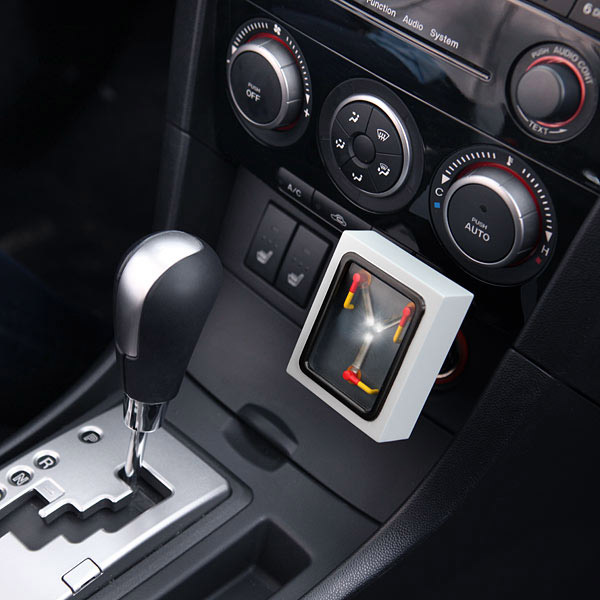 Flux-Capacitor-USB-Car-Charger_1