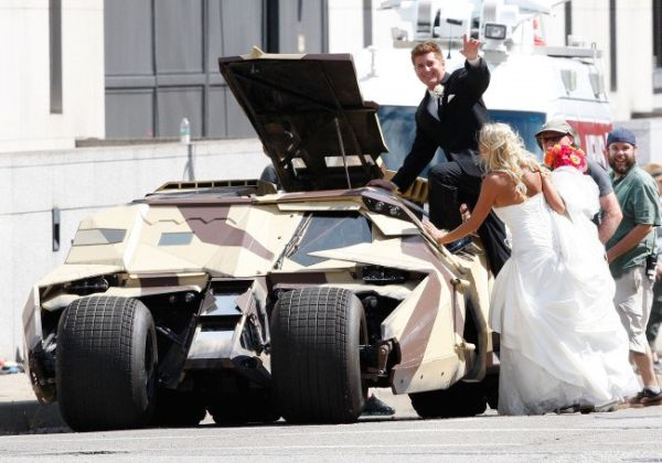 Tom Hardy's Bane Wedding Photobomb is the Best of All Time!