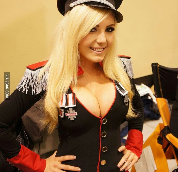 Cosplay Hottie Jessica Nigri GIF Collection