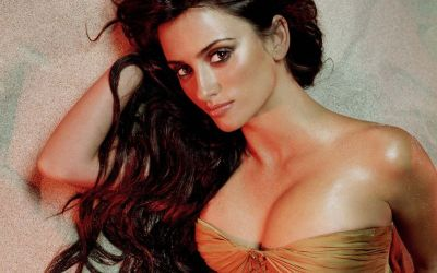 Wallpapers: Penelope Cruz Is Esquire's 2014 Sexiest Woman Alive