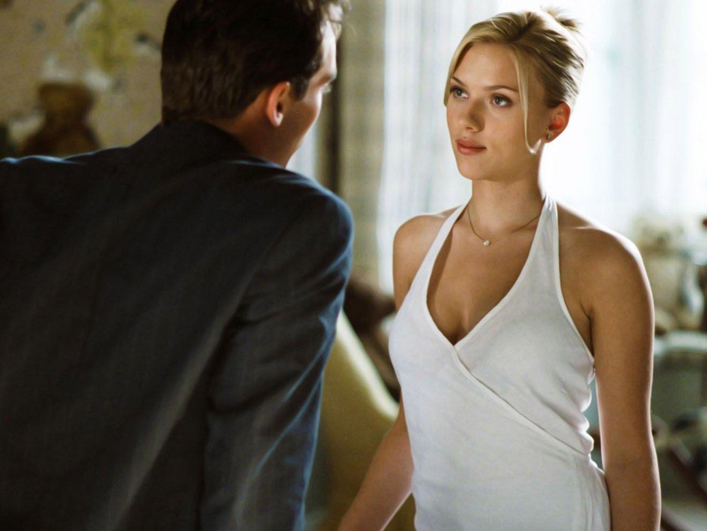Top 6 Sexiest Scarlett Johannson Movie Scenes - GeekShizzle