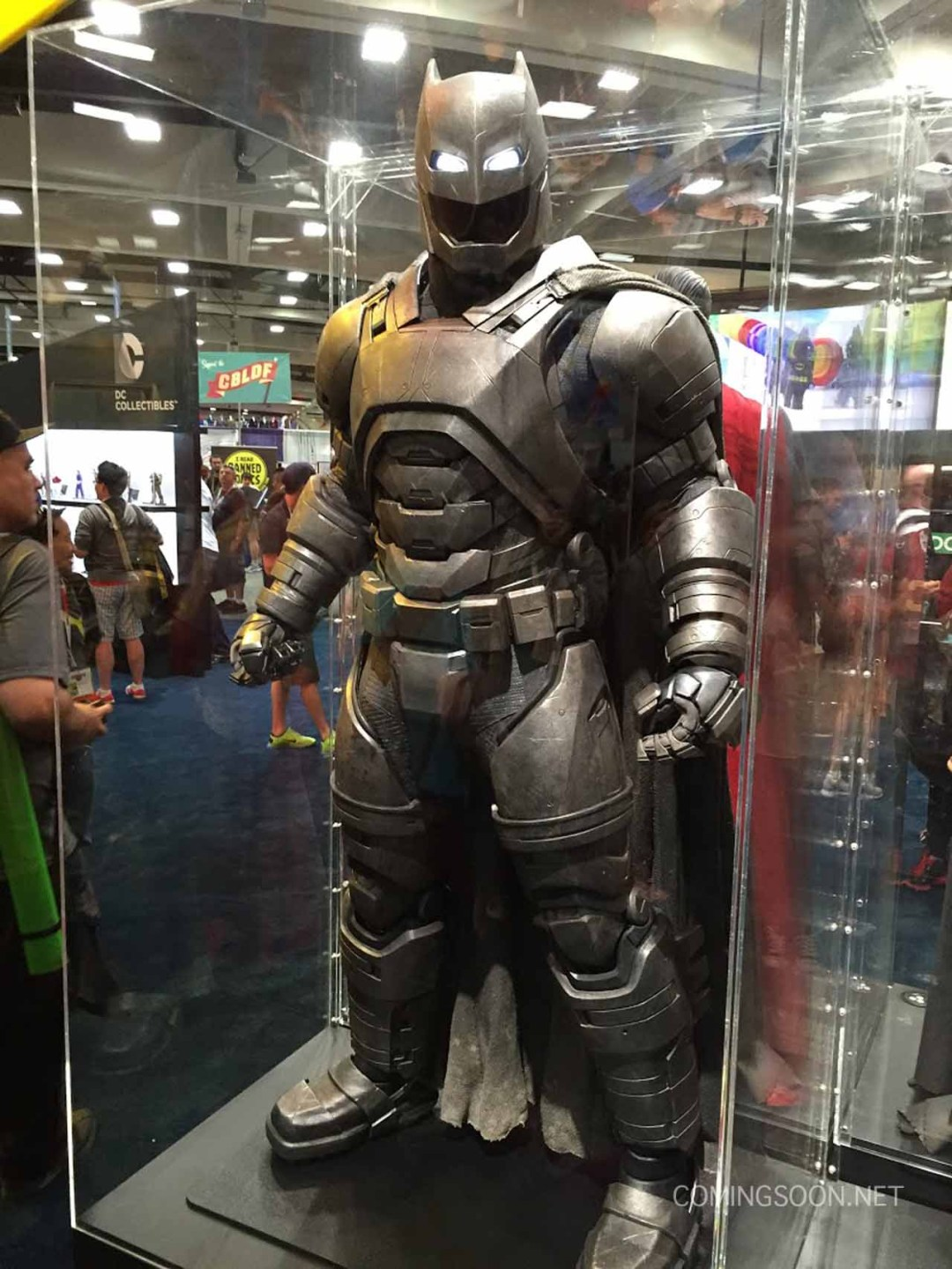 batman-vs-superman-comic-con-2015-images-3