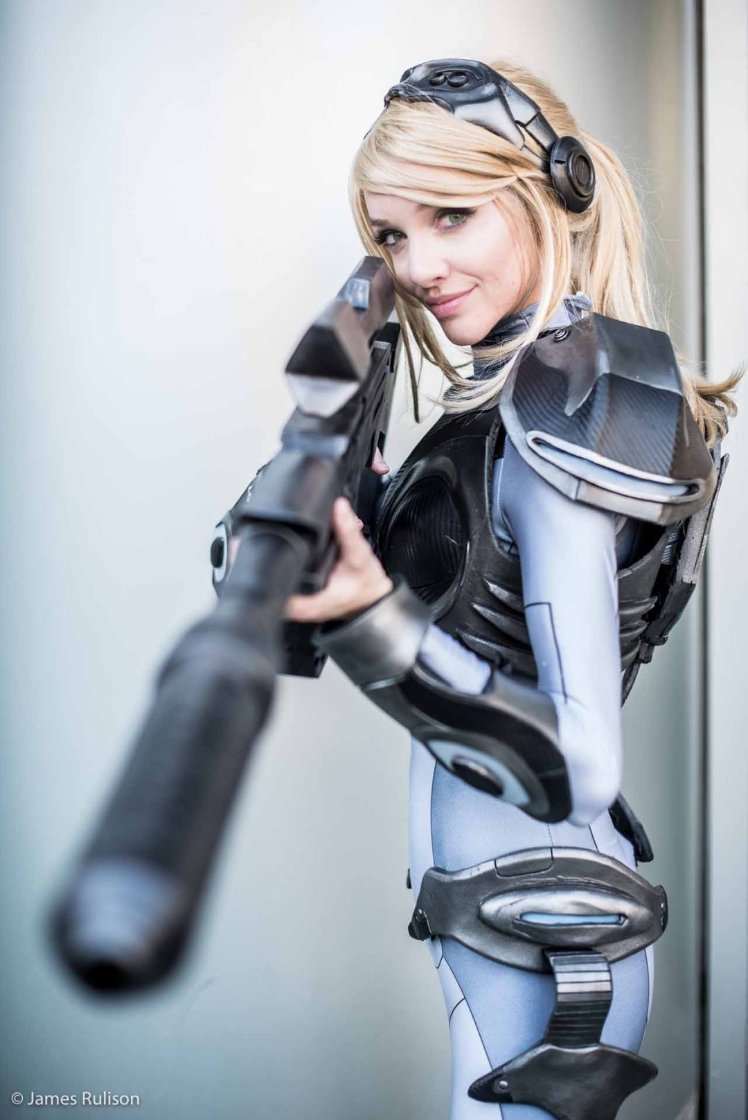 Sexy Top Cosplay Blizzcon 2015 1