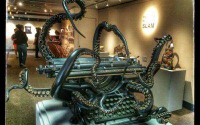 Must Have Vintage Octopus Typewriter