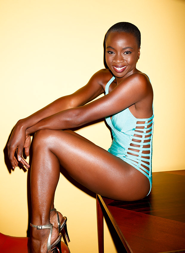 sexiest-walking-dead-babes-michonne-2