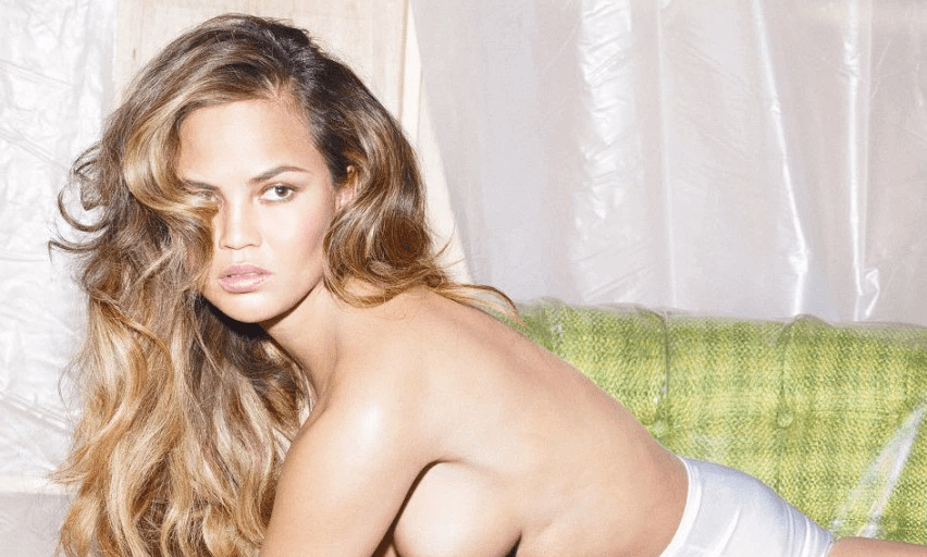 Get Ready For 2017 With This Sexy Crissy Teigen Exercise Video