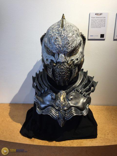 star trek 2017-klingon-costumes-helmet