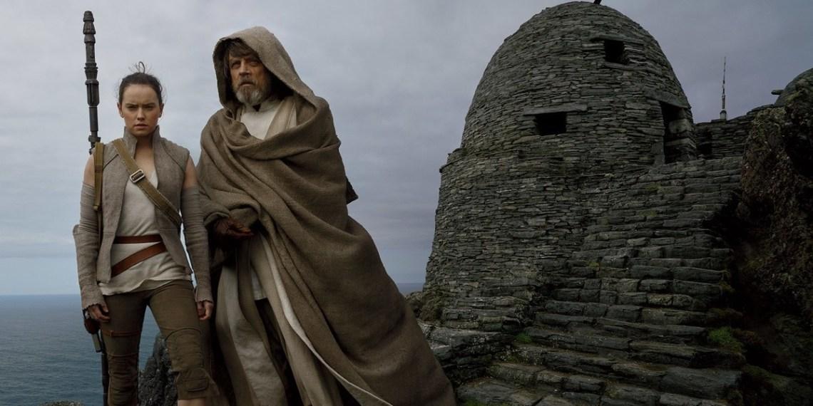 Rey-and-Luke-Skywalker-Star-Wars-Last-Jedi.jpg