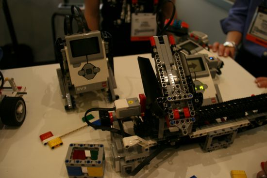 lego-mindstorms-ev3-education-1