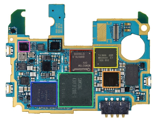 samsung-galaxy-s4-ifixit-motherboard