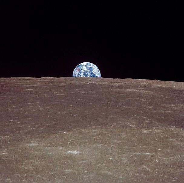 nasa-earth-moon-instagram