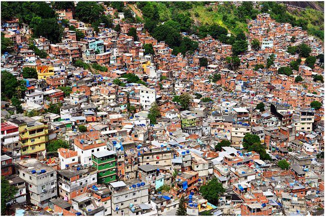 favelas-cc-wikimedia