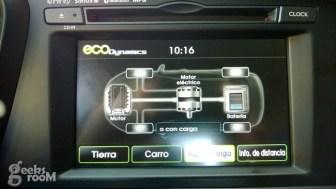 Kia-optima-hybrid-2013-57
