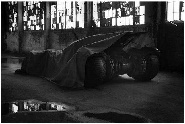 batmobile-batman-superman-movie