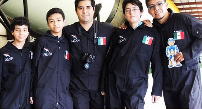 """El equipo mexicano """"Jet Mars"""" de robótica ganó 2° puesto en la NASA"""