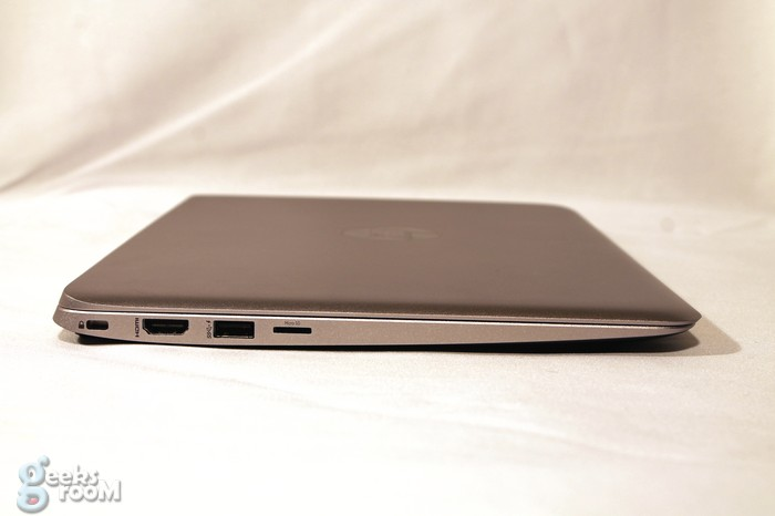 hp-elitebook-folio-1020-09