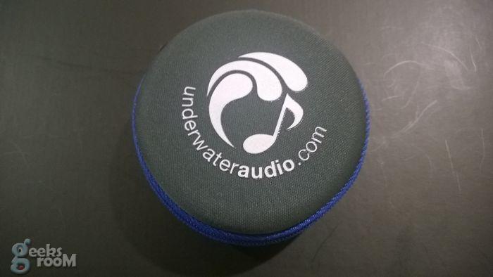 swimbuds-sport-underwater-audio-17