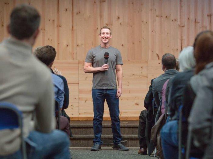 Mañana Mark Zuckerberg y 3 astronautas de la EEI conversarán vía Facebook Live
