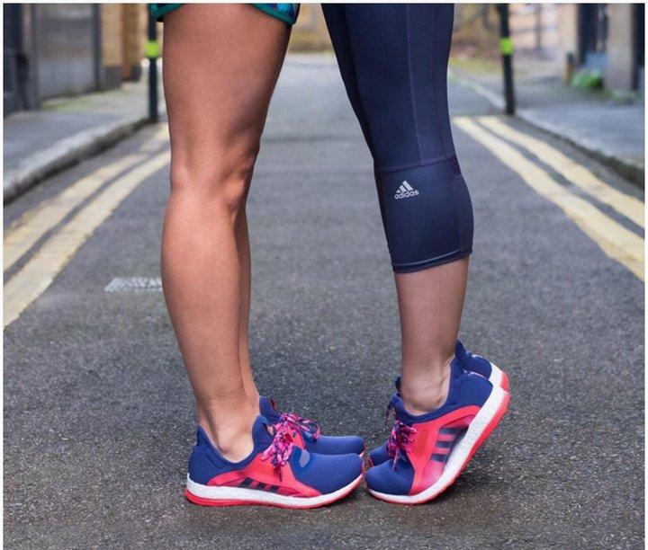 Por una foto de Adidas en instagram por el día de los enamorados, algunos no están muy contentos