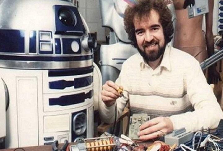 Murió Tony Dyson, creador del icónico robot R2-D2 de Star Wars