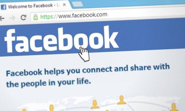 Facebook introduce mensajes en la feed de noticias y ofrece 18 tarjetas de Navidad para enviar a familiares y amigos
