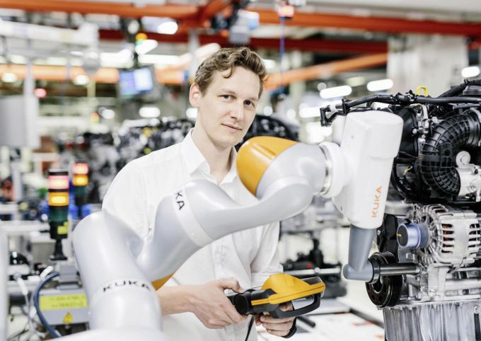 Volkswagen Robots - Johannes Teiwes