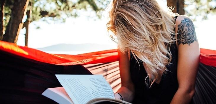 Mujer Leyendo - Lo más leído