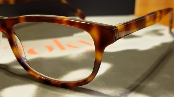 El precio de lista los lentes Pixel Eyewear es de 95 dólares, pero tienen varios en oferta a 85 y 75 dólares.
