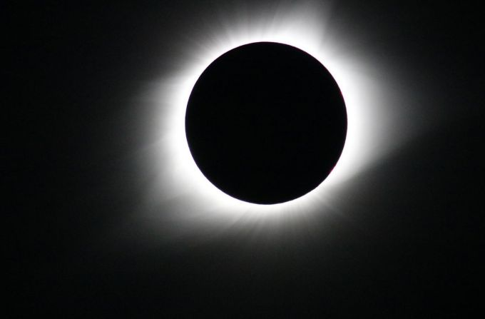 Eclipse total de Sol - NASA