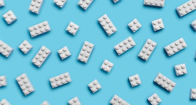 LEGO - Prototipo de Plástico PET reciclado