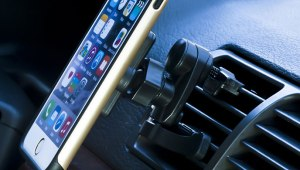 universal vehicle vent smartphone mount