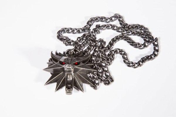 Witcher III Wild Hunt világító nyaklánc