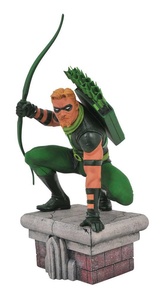 x_diamapr192526 DC Comic Gallery PVC Szobor - Green Arrow 20 cm