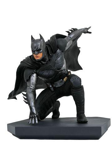 d_diamnov192337 Injustice 2 DC Video Game Gallery PVC Szobor - Batman 15 cm
