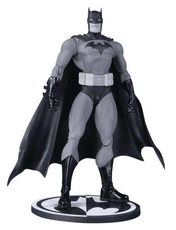 DC Comics Batman Black & White Akciófigura - Hush Batman by Jim Lee 17 cm