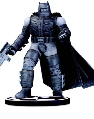 Batman Black and White Szobor - Batman by Frank Miller 18 cm