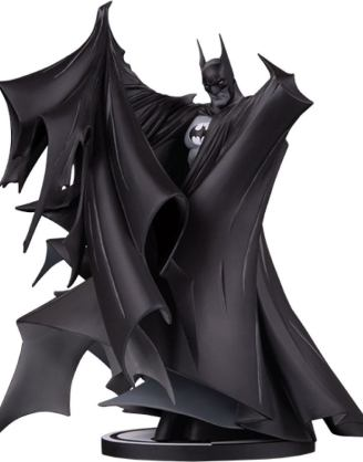 Batman Black and White Deluxe Szobor - Batman by Todd McFarlane (Version 2.0) 24 cm