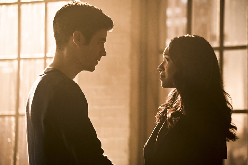 "The Flash -- ""Running to Stand Still"" -- Image: FLA209b_0264b.jpg -- Pictured (L-R): Grant Gustin as Barry Allen and Candice Patton as Iris West -- Photo: Katie Yu/The CW -- © 2015 The CW Network, LLC. All rights reserved."