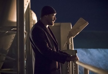 "The Flash -- ""The Race of His Life"" -- Image: FLA223b_0266b.jpg -- Pictured: Jesse L. Martin as Detective Joe West -- Photo: Katie Yu/The CW -- © 2016 The CW Network, LLC. All rights reserved."