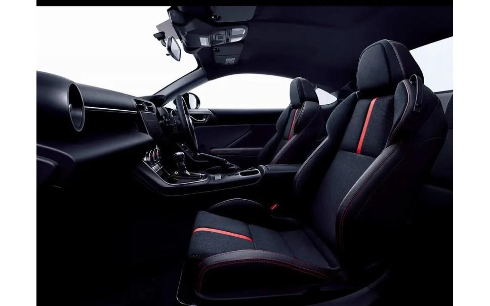 1657056 【自動車】スバル BRZ 新型 誰もが愉しめる究極のFRスポーツ…価格は308万円より